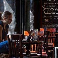 в кафе :: Валерий Яблоков