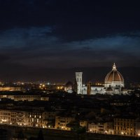 Флорентийский цветок в ночи :: Дмитрий Лобачев