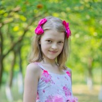 девочка на прогулке :: Тимур Соколов