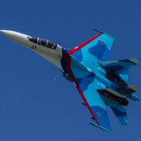 Соло-пилотаж на СУ-27. :: Александр Макаров