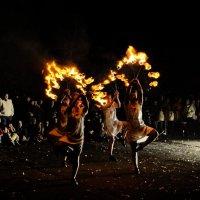 Танец огня :: Юлия Орлова