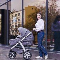Реклама детских колясок 1 :: Leonid Krasnov