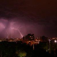 Молния покоряет город :: Света Покутнева