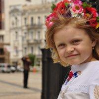 Маленькая украиночка :: Александр Спаревой