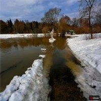 Весна в пионерском лагере..(или верной дорогой идете, друзья!) :: Виктор Перякин