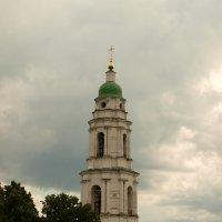 центральная колокольня монастыря :: олеся лихтаренко