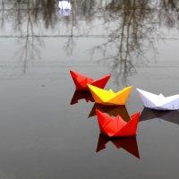 Бумажные кораблики :: Юлия Мищенко