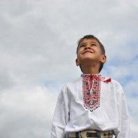Голубое небо, белые одежды.... :: Татьяна Сушко