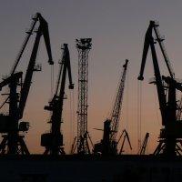 закат за портом :: Стас Ивасенко
