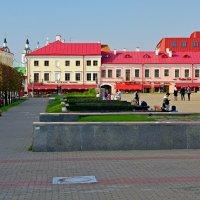 Вид на Верхний город с Октябрьской площади в Минске :: Денис Кораблёв