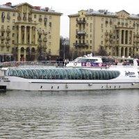 По Москве-реке :: Дмитрий Никитин