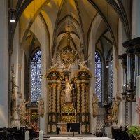 Интерьер церкви Санкт Ламберта, Дюссельдорф :: Witalij Loewin