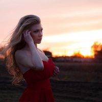 весна..она задумчиво наступает на подол зиме)) а следом..лето :: Милана DV