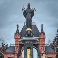Памятник Святой Великомученице Екатерине. :: Анатолий Щербак