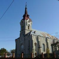 Римо - католический  храм  в  Долине :: Андрей  Васильевич Коляскин