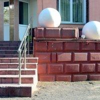6. Фотография с контрастом и/или диалогом трёхмерных и двумерных объектов :: Асылбек Айманов