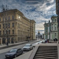 «...К ступеням Эрмитажа ты в сумерки приди»* :: Valeriy Piterskiy