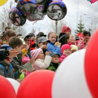 На празднике для детей :: людмила Миронова