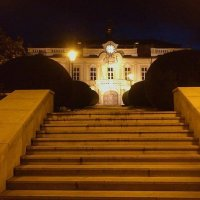 вечерняя прогулка: у Либенского замка :: Ольга Богачёва