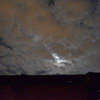 облака ночью :: Света Кондрашова