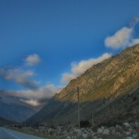 Дорога и камни :: M Marikfoto