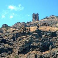 А вот и кусочек  крымских гор! :: Vladimir Semenchukov