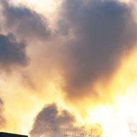 Пожар или восход Солнца :: Михаил Фотолюбитель