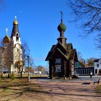 Петропавловская церковь и часовня Николая Чудотворца :: Валентина Папилова