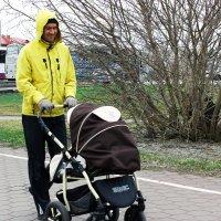 Папа с дочерью :: раиса Орловская