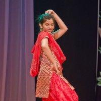 Индийский танец. :: Виктор Евстратов