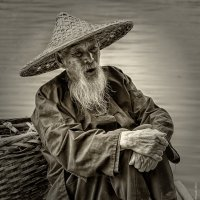 Старый рыбак :: Александр Чазов