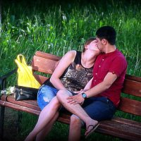 Весенний поцелуй (почти по Родену) :: Андрей Заломленков