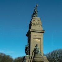 Памятник народам Европы, погибших в войнах, Гаага :: Witalij Loewin