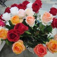 Букет из разных роз :: Дмитрий Никитин
