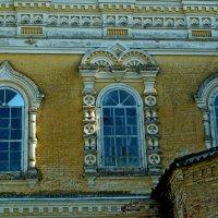Церковь Михаила-Архангела. Фрагмент стены. :: Наталья Зимирева