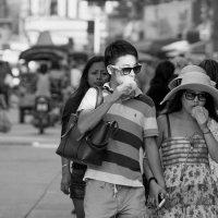 Прогулка по городу :: Ирина Бруй