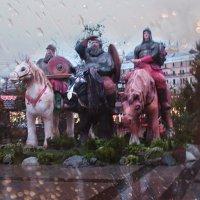 Три Богатыря на площади Революции. :: Larisa