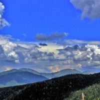 Облачность в горах :: Сергей Чиняев