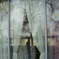 Апрельская витрина магазина :: Ольга Кривых