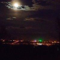 Ночной Нижний Новгород :: photographer Anna Voron