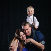 Семейное фото :: Михаил Вандич