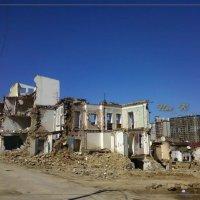 развалины современного города :: maxim