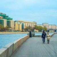 Прогулки по набережной :: Игорь Герман