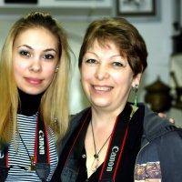 Доча, мама и Canon :: Александр Облещенко