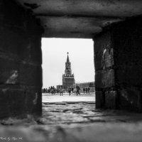 А из нашего окна Площадь Красная видна... :: Ольга Мансурова