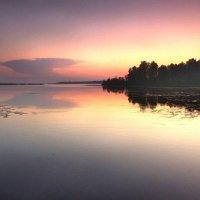 Короткой летней ночью :: Валерий Талашов
