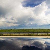 грозовые облака над горами :: Дмитрий Потапкин