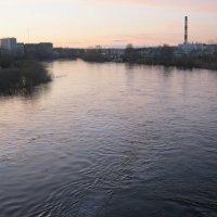 Вечер  на  реке. :: Алексей Рыбаков