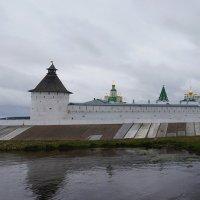 Свято-Троицкий Макарьевский Желтоводский монастырь :: Татьяна Карачкова