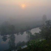 Туманное утро на р.Корень :: ALEXANDR L